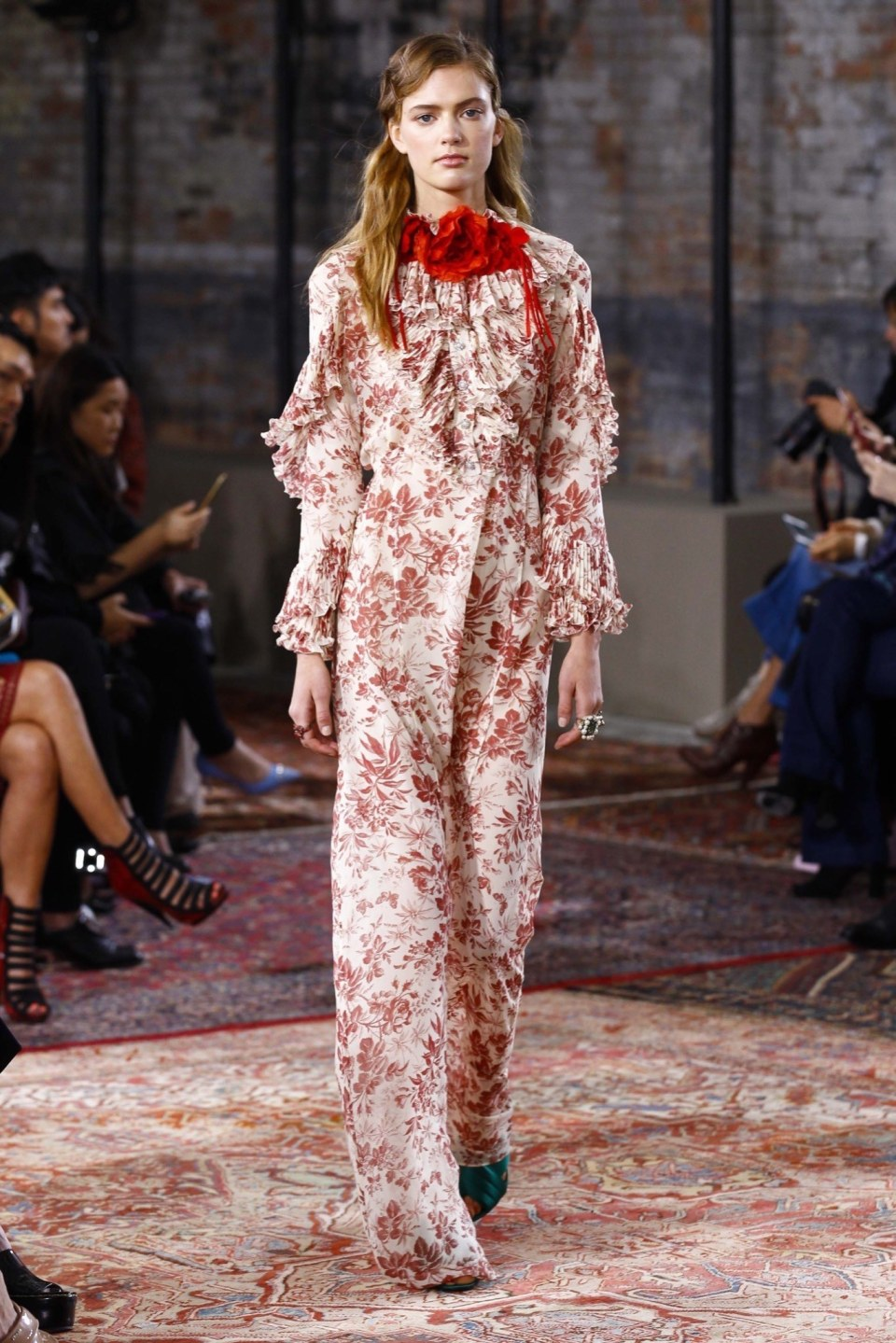 best-looks-of-the-gucci-cruise-collection-2016-09