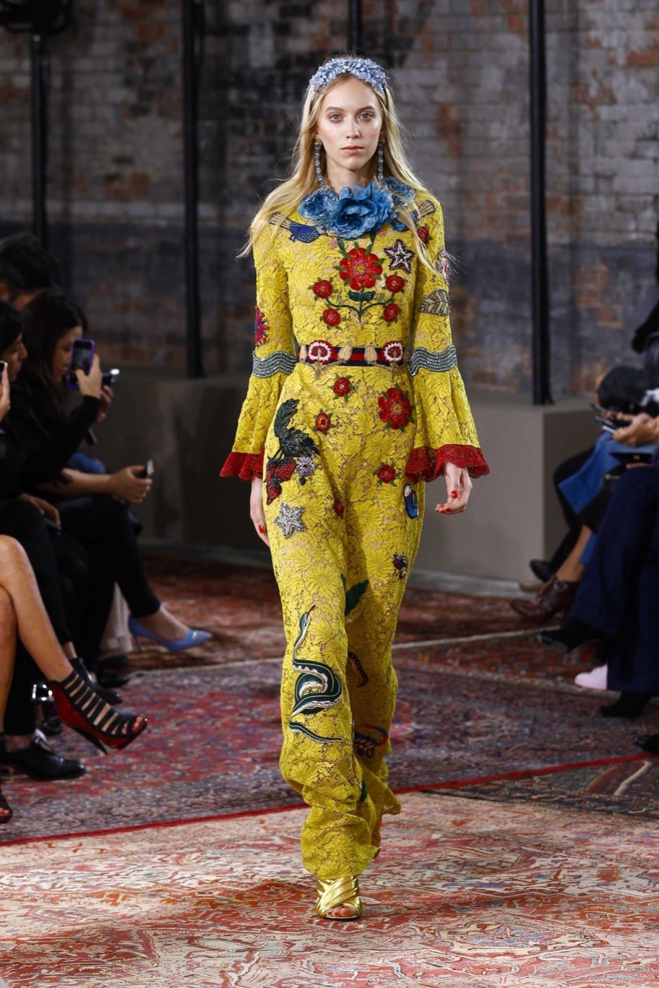 best-looks-of-the-gucci-cruise-collection-2016-14