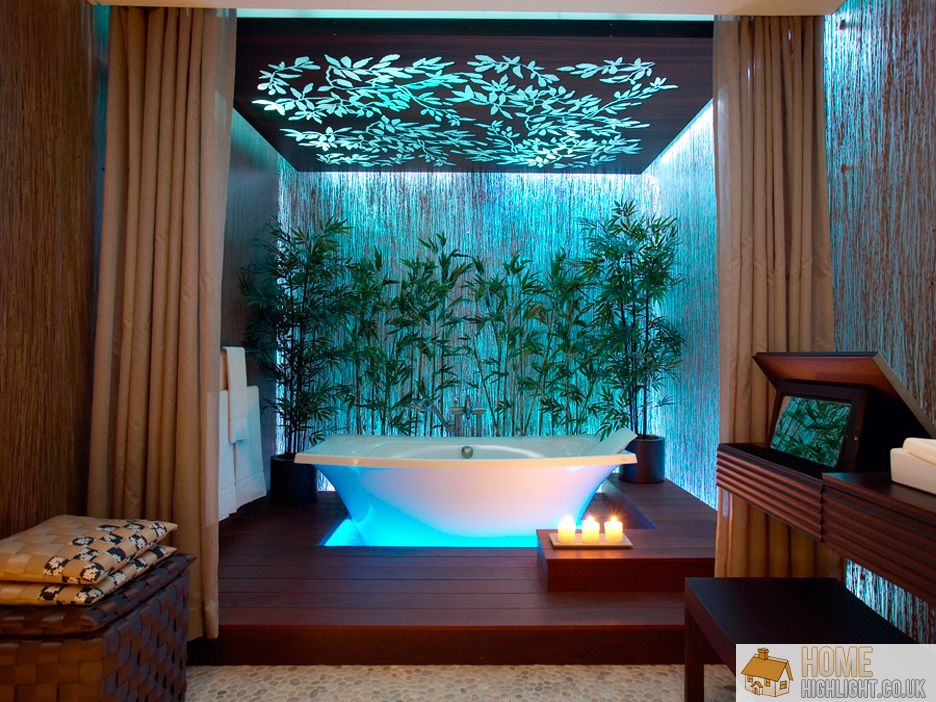 Check Out These 10 Eye-Catching Tropical Bathroom Ideas