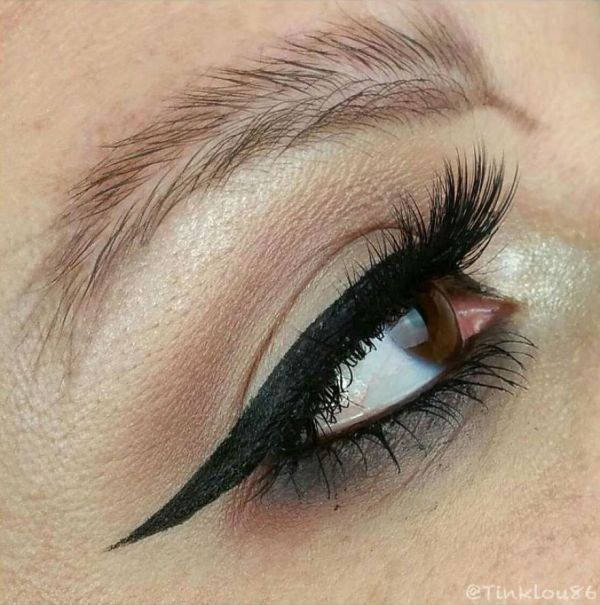 4 - Feather Brows: Hot Makeup Trend