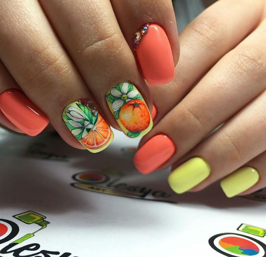 Апельсин | Фруктовый тренд: сочные идеи для летнего маникюра | Her Beauty