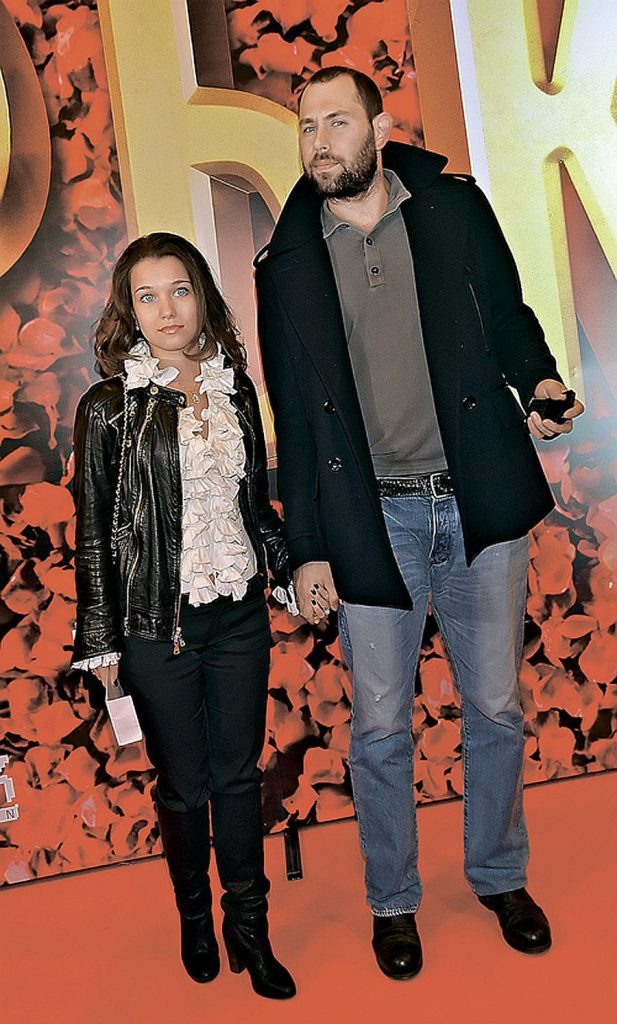 Семен Слепаков и Карина Слепакова   Звездные пары с огромной разницей в росте   Her Beauty