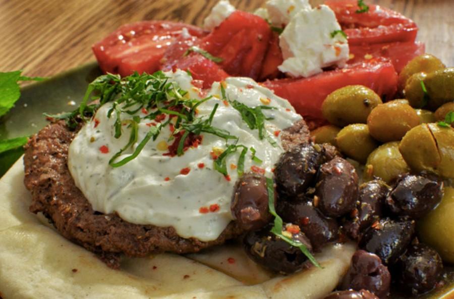Марокканский бургер с бараниной и специями | 10 интересных рецептов домашних бургеров | Her Beauty