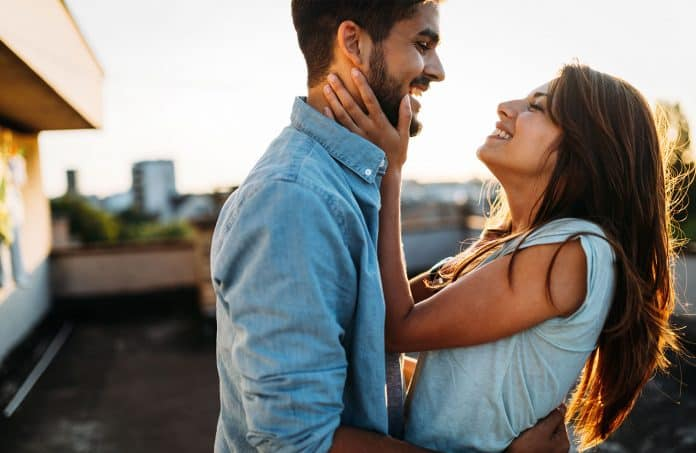 Status | 6 Little Things That Can Cause Big Problems In Your Relationship | HerBeauty