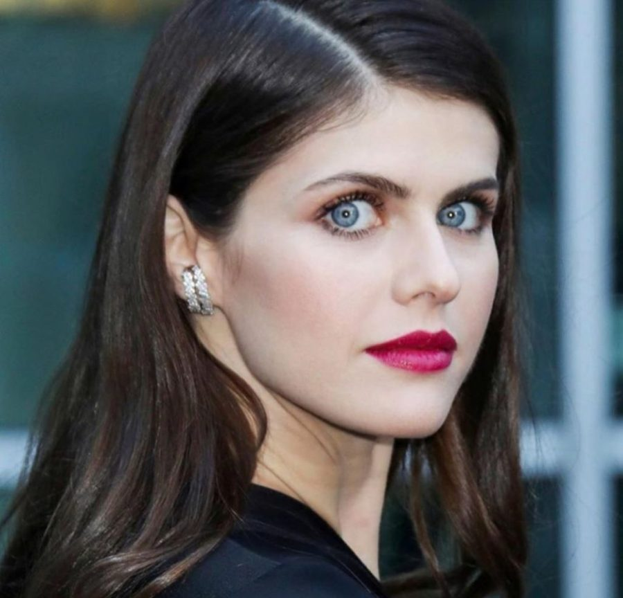 Her eyes are absolutely stunning.   Everything You need to Know about Alexandra Daddario   Her Beauty