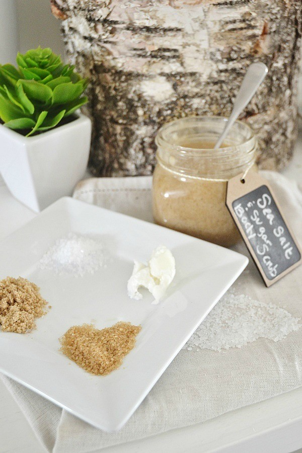 Sea salt and sugar scrub ingridients | 10 DIY Homemade Sea Salt Scrubs Recipes | Her Beauty