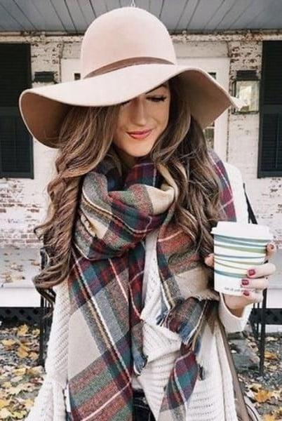 Triangle scarf  | 12 Super Stylish Ways to Wear a Scarf| Her Beauty