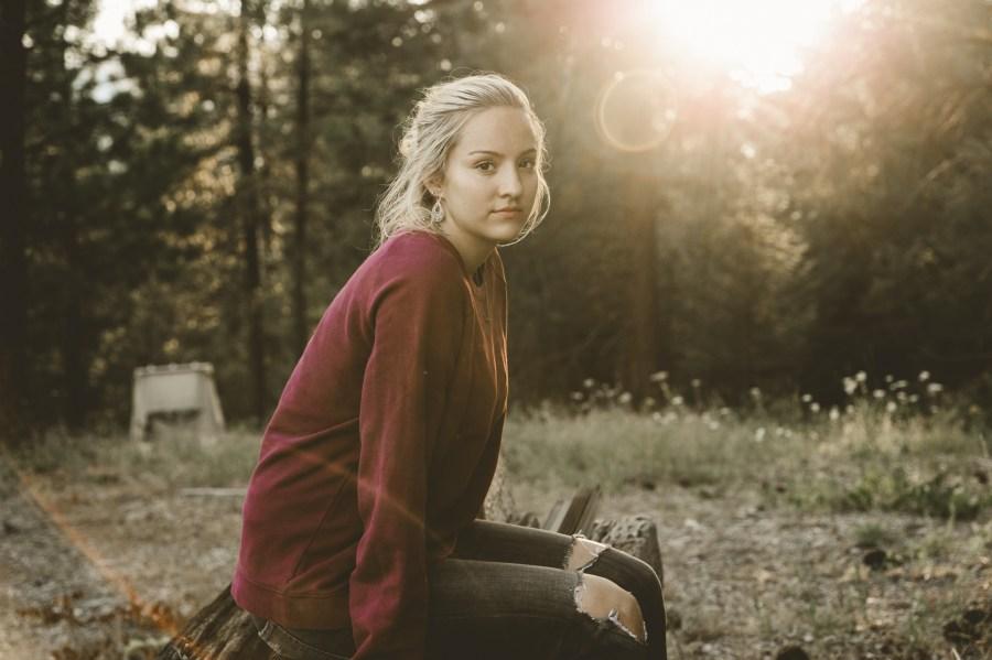 Comprensivas y de mente abierta | 6 señales que eres una mujer extremadamente empática | HerBeauty