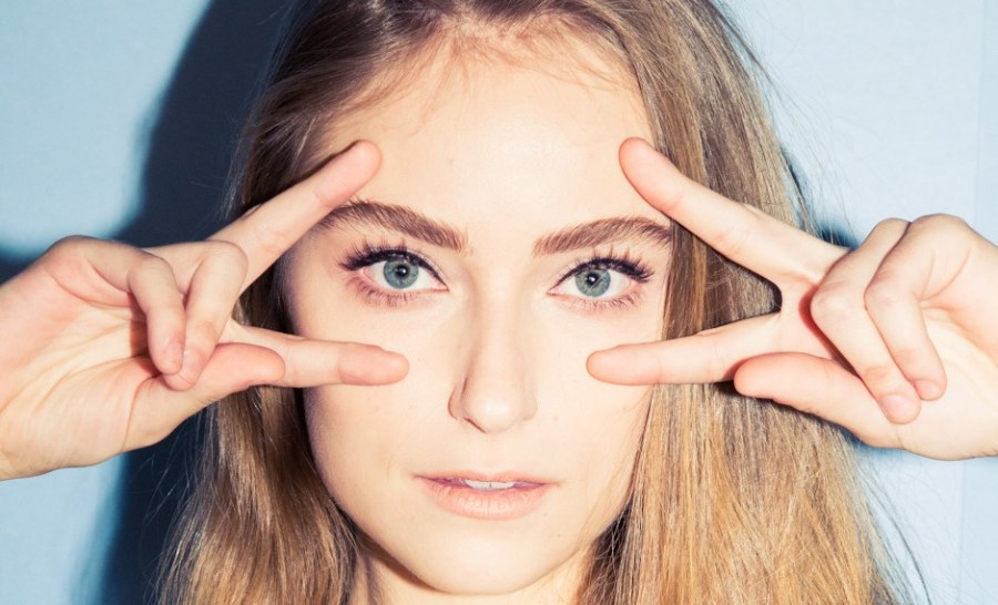 Eyelash glue remover   15 Ways to Use Vaseline in Your Beauty Routine   Her Beauty