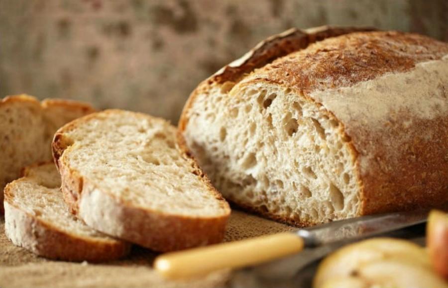 Нарезать свежий хлеб   Бабушкины лайфхаки для кухни, которые актуальны и в наши дни   Her Beauty