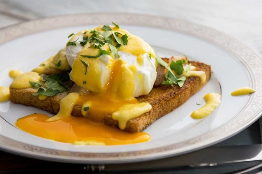Яйца Бенедикт | 10 аппетитных блюд из яиц, которые вы приготовите за 10 минут | Brain Berries