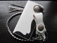 ロングウォレット(革財布)ホワイトサドル
