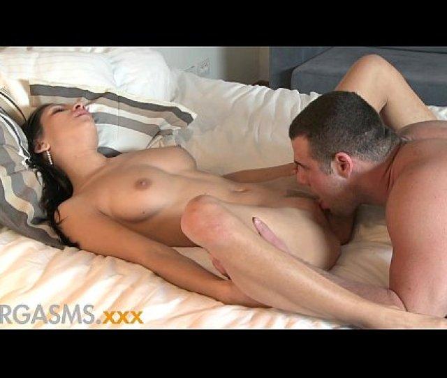Orgasms Natural Beauty Teen Wants Her Pussy Eaten Before She Fucks Xnxx Com