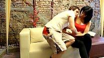 Ana Briket convencida por su novio de hacer un trio con su amigo