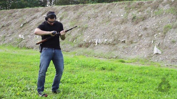 Оружие в надежных и крепких руках