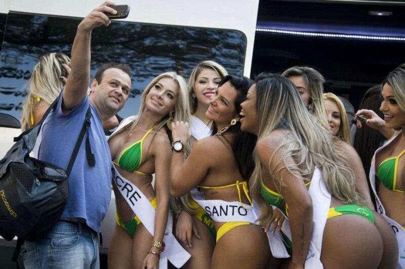 Лучшие бразильские попы: Пятилетняя история конкурса Miss BumBum в фотографиях