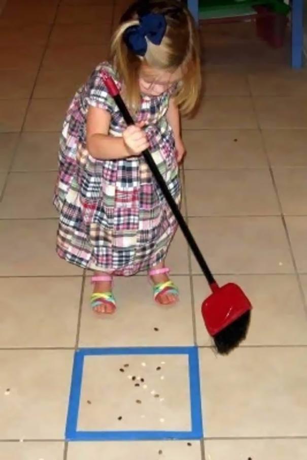 Учите детей работе по дому, превращая рутинные хлопоты в веселую игру.