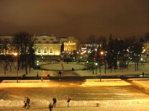 Грот в Александровском саду
