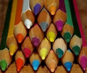 в коробке с карандашами...