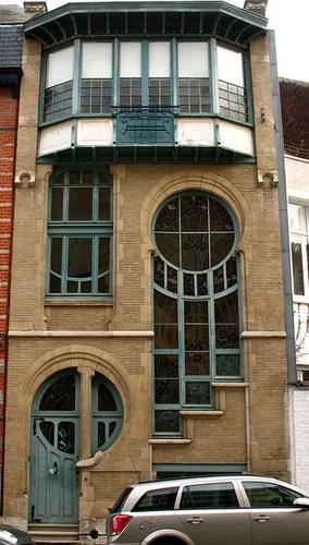 окна в стиле модерн с витражами