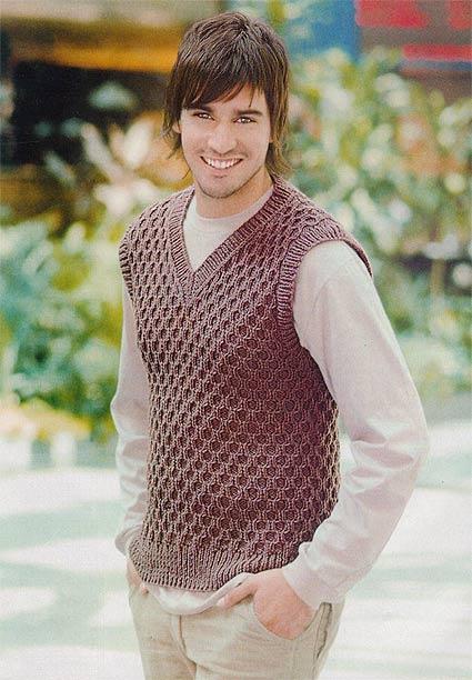 мужской пуловер без рукавов спицами