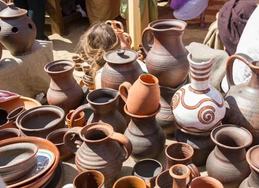 Античные вазы и кувшины, Времена и эпохи-2015, Коломенское