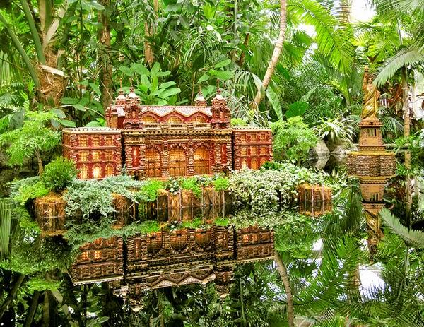 Holiday Train Show - железная дорога в Нью-Йоркском ботаническом саду