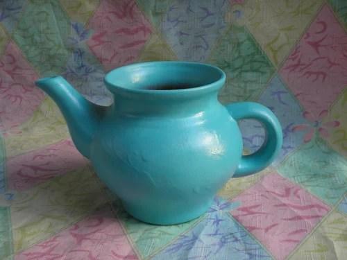 цветочная плошка из чайника