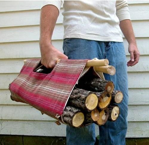 идеальное приспособление для переноски дров
