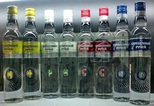 """Всё про водку, водка фото """"Серебряный ручей"""""""