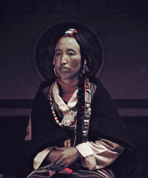 Женщина Королевства Мустанг. Автор фото Джимми Нельсон (Jimmy Nelson).