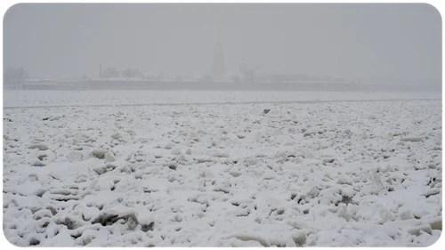 Поездка в Питер с 03 по 05 декабря 2010 года, зима, декабрь, город, Санкт-Петербург, прогулки по городу, настроения, память, воспоминания, городские зарисовки, снег, фотограф, городские пейзажи,