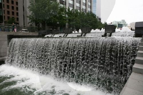 Голубая артерия Сеула | Экопроект восстановления реки Чхонгечхон