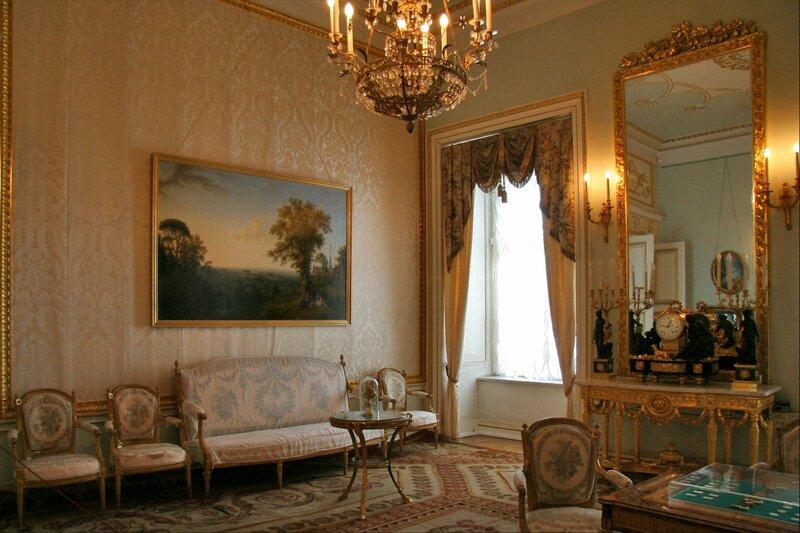 Павловский дворец, жилые комнаты I этажа, Старая гостиная