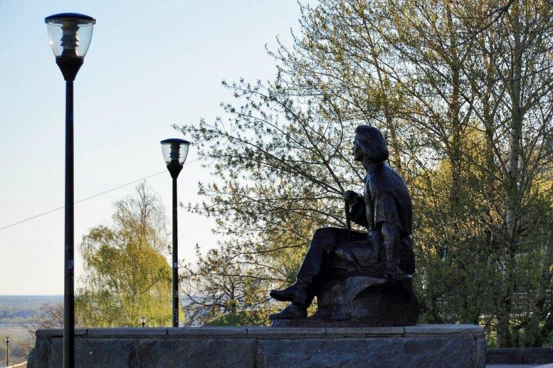 Памятник Максиму Горькому, Нижний Новгород