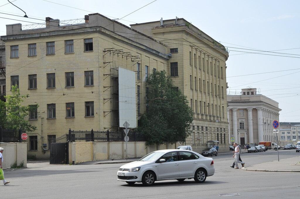 Санкт-Петербург, Большой проспект