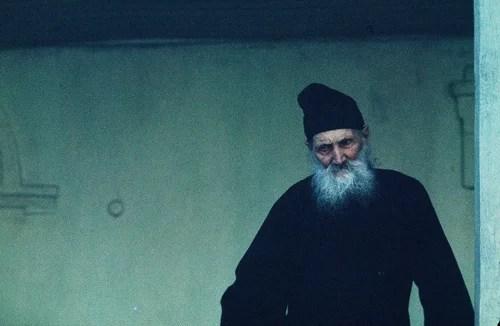 Мцхета. Церковь Святой Цховели. 114-летний монах