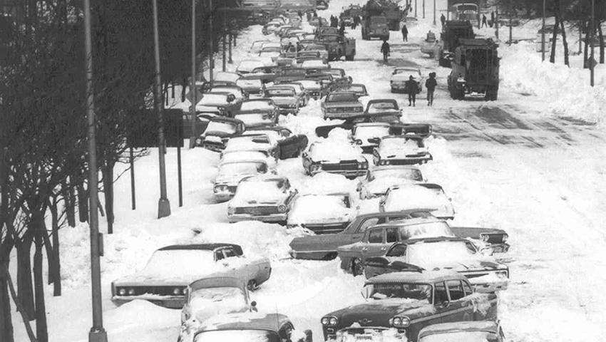 Этот снегопад запомнился как «Снежная буря 67-го». Он ударил по Среднему Западу США от Мичигана до И
