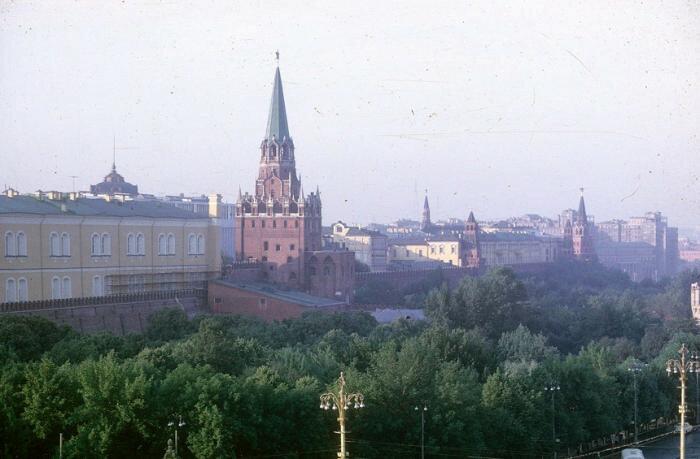 А теперь будут слайды! СССР, 1960 е