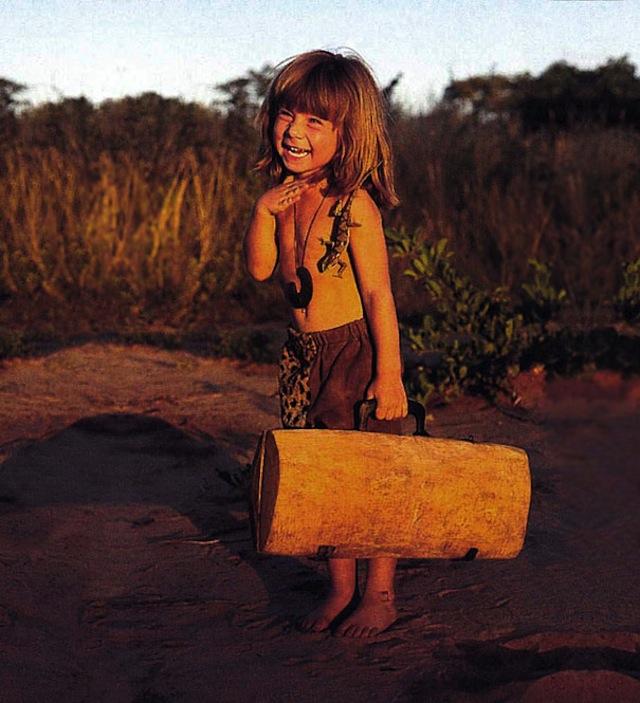 Удивительная история девочки, выросшей среди диких африканских животных