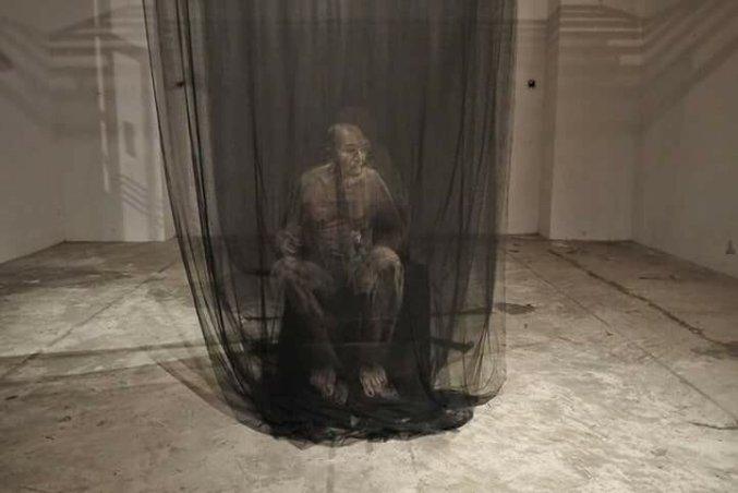 Портреты привидений тайского художника