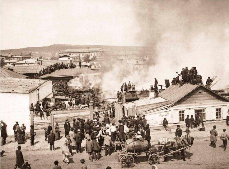 1908. Пожар жилого дома в г. Красноярске. Из жизни пожарной службы