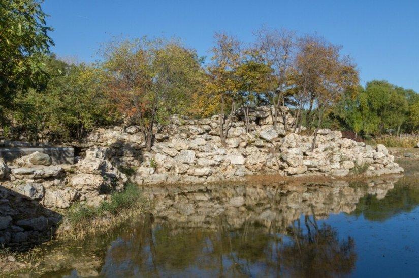 Каменная горка, парк Юаньминъюань, Пекин