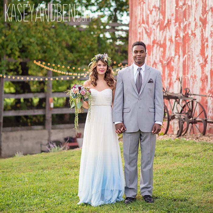 Расцветить классику: свадебное платье бывает не только белым