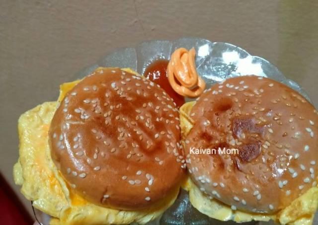 2. Breakfast beef burger praktis