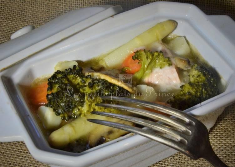 Cocotte de saumon aux petits légumes de printemps