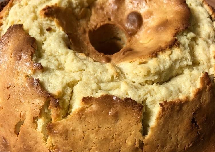 Coconut cream cheese sour cream pound cake