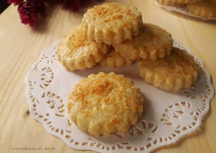 Coconut Classic Cookies