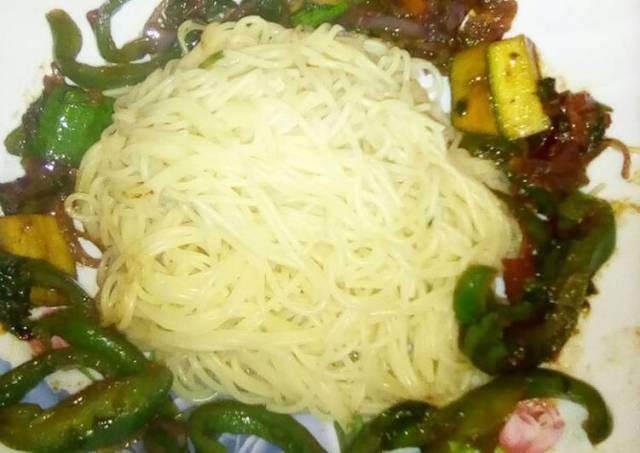 Spaghetti with stir fried veggies