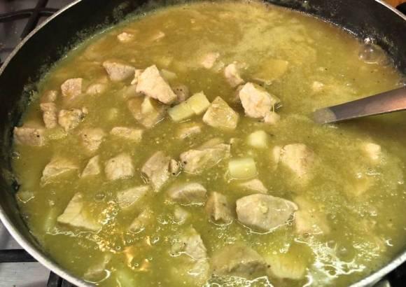 Lomo en salsa verde a la Sonorense